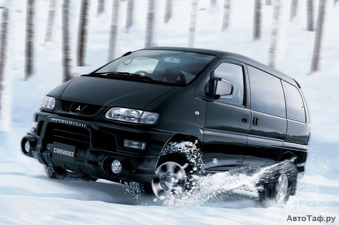 Mitsubishi Delica рестайлинг 1997